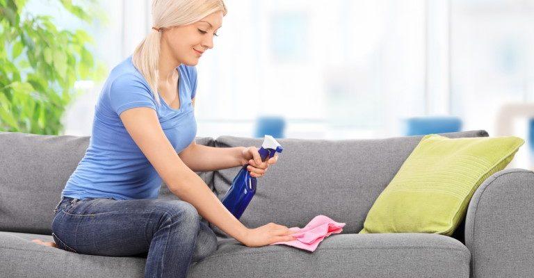 Зачем и как часто надо делать химчистку дивана
