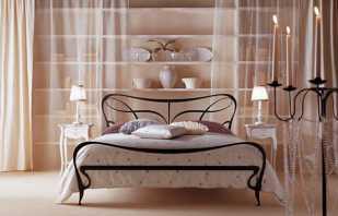 Чем привлекательны металлические кровати из Италии, их особенности