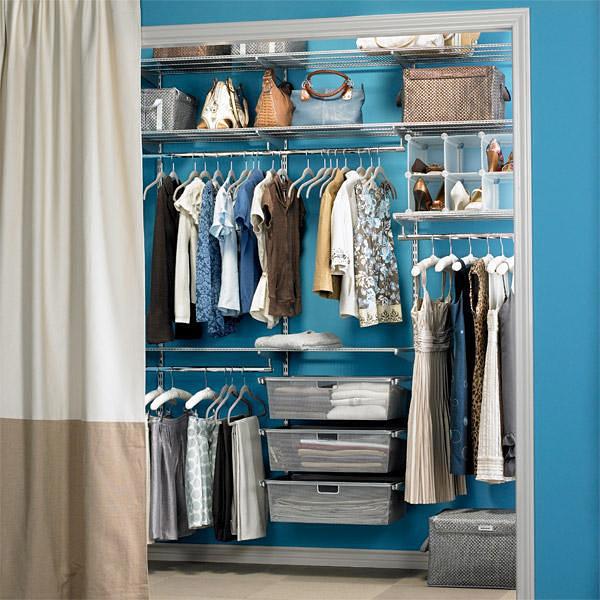 Интерьер гардеробной комнаты маленькой фото