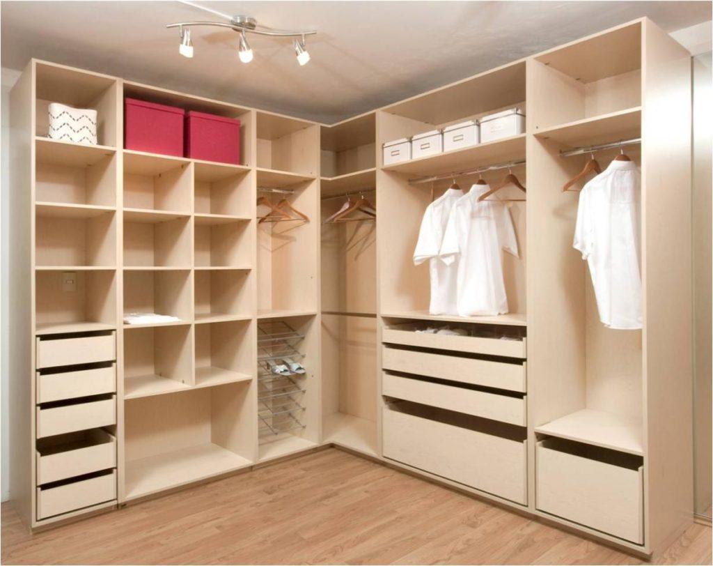 Декорировать двери шкафа своими руками 8
