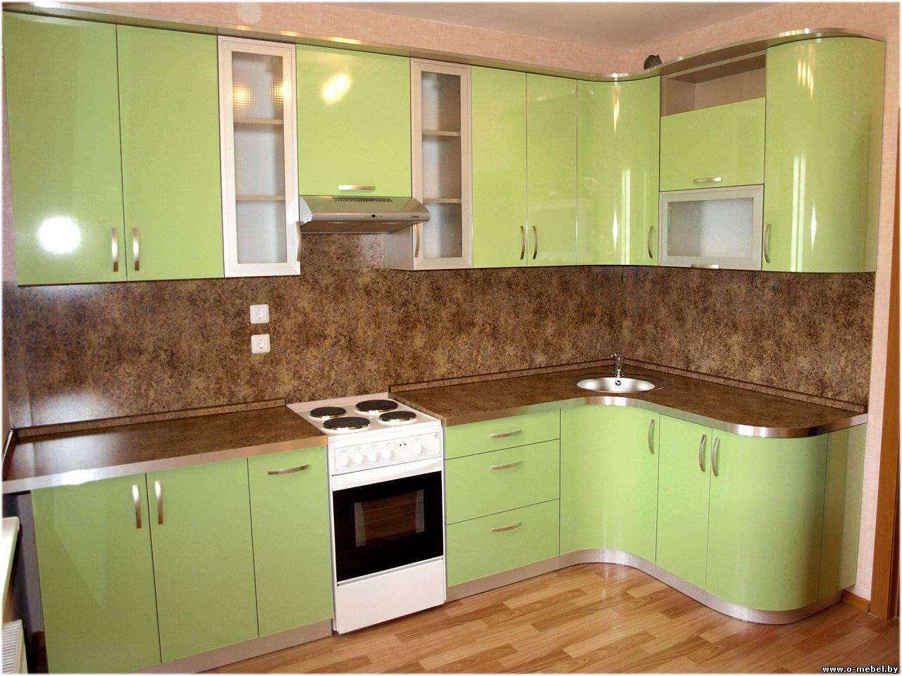 Фото дизайна угловых кухонь из пластика