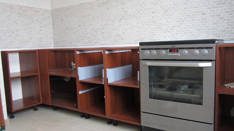 Как собрать своими руками кухню