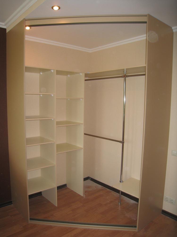 Угловые гардеробные шкафы своими руками