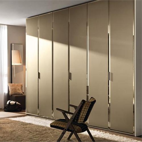 Шкафы распашные фото в интерьере