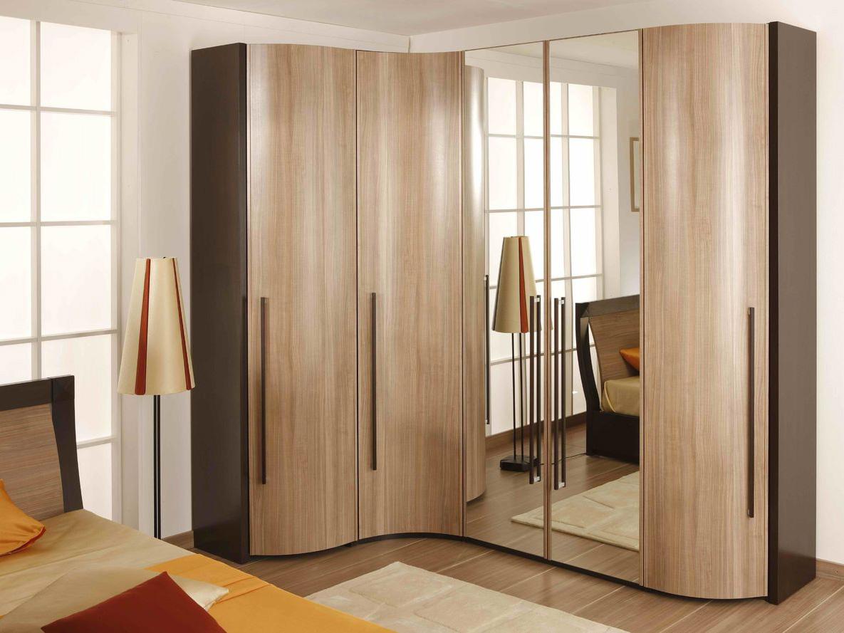 Угловой шкаф купе в спальне дизайн